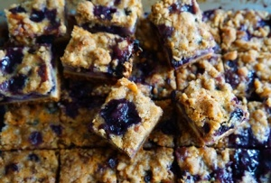 Browned Butter Blueberry Pecan Pie Bars